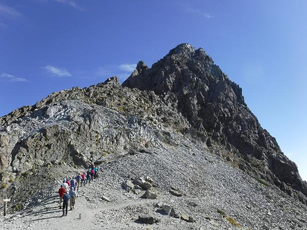 3000m級のスカイランを稜線漫歩!