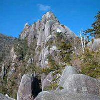 紅葉の大崩山縦走と傾山登頂
