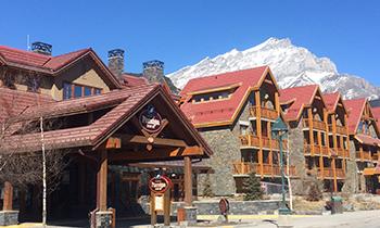 バンフ・ターミガン・イン Banff Ptarmigan Inn