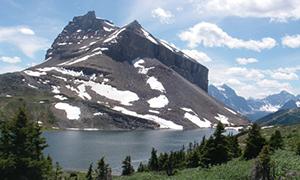 リダウト山とターミガンレイク