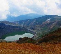 紅葉の月山と蔵王・熊野岳<GoToトラベル事業支援対象>
